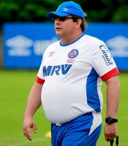 Time de Guto Ferreira quase não usa jogadores da base (Foto: Felipe Oliveira/EC Bahia/Divulgação)