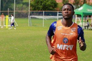 João Paulo foi titular em uma partida pelo Fortaleza (Foto: Felipe Oliveira / Divulgação / EC Bahia)