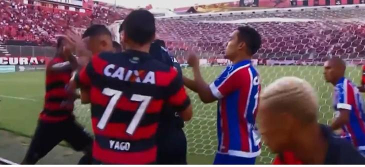 Yago dá soco em Vinícius (Foto: Reprodução)