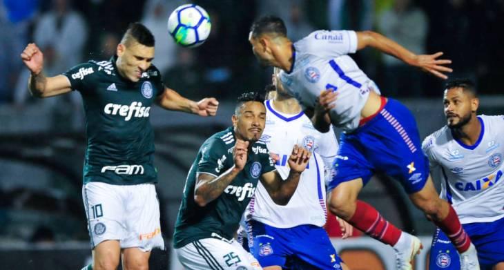 Bahia enfrenta o Palmeiras no Pacaembu (Foto: Djalma Vassão/Gazeta Press)