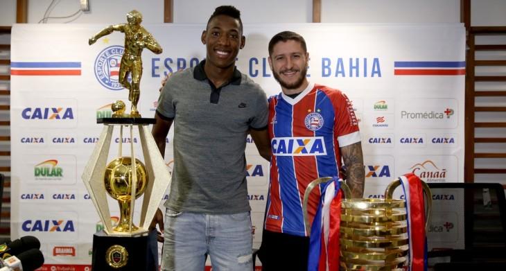 Léo participa de entrevista de Zé Rafael (Foto: Felipe Oliveira/Divulgação/EC Bahia)