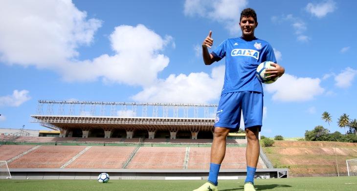 Edson treina pelo Bahia em Pituaçu (Foto: Felipe Oliveira/Divulgação/EC Bahia)